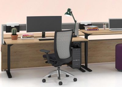 Artopex Height Adjusting Desk